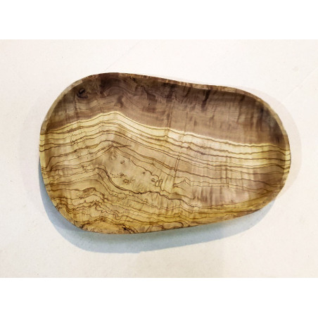 Eco-responsible plate made of olive wood